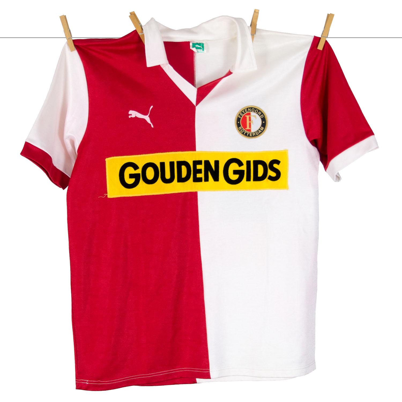 1983 - 1984, PUMA Feyenoord Thuisshirt, Sponsor Gouden Gids