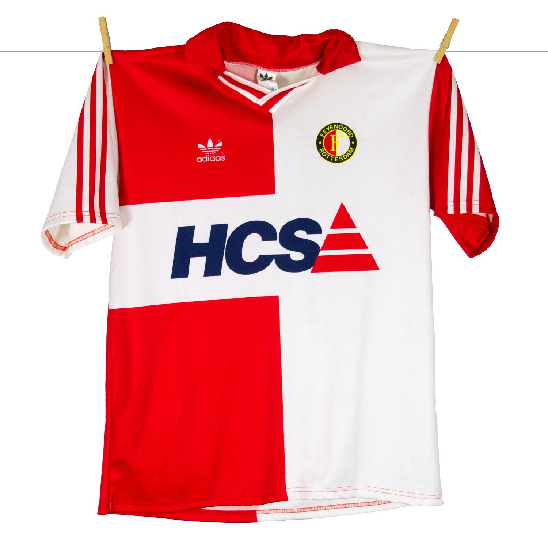 1990 - 1991, Adidas Feyenoord thuisshirt, met HCS sponsor boven rugnummer