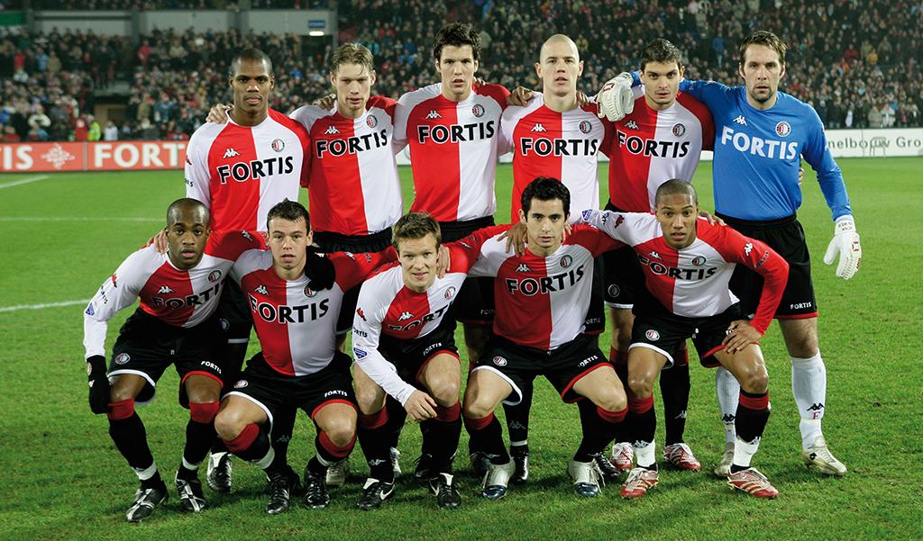 23-12-2006 Feyenoord elftal V.l.n.r. staand; André Bahia, Theo Lucius, Ron Vlaar, Stein Huysegems, Angelos Charisteas, Henk Timmer. V.l.n.r. hurkend; Dwight Tiendalli, Nicky Hofs, Joonas Kolkka, Sebastián Pardo, Jonathan de Guzman Feyenoord-Sparta (3-2) De Kuip