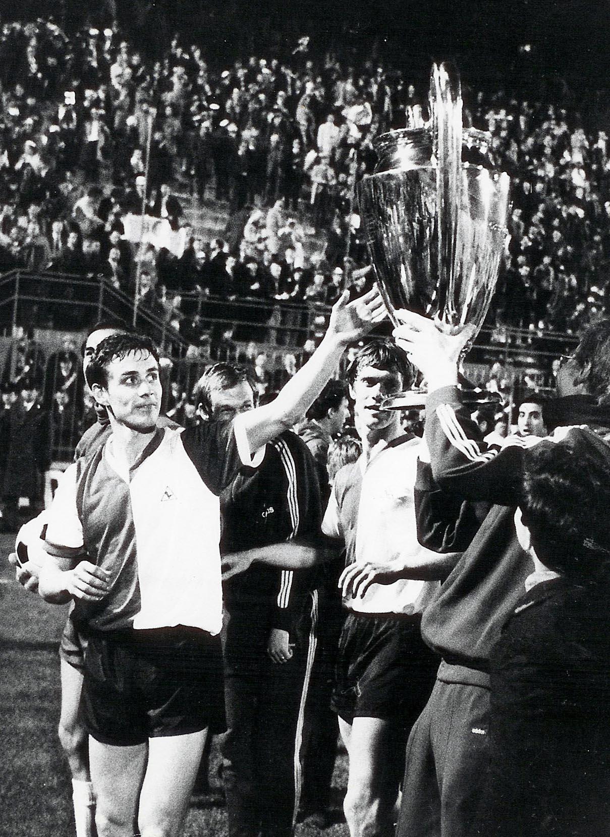 6 mei 1970, Ove Kindvall met de Europa Cup 1 in het San Siro te Milaan